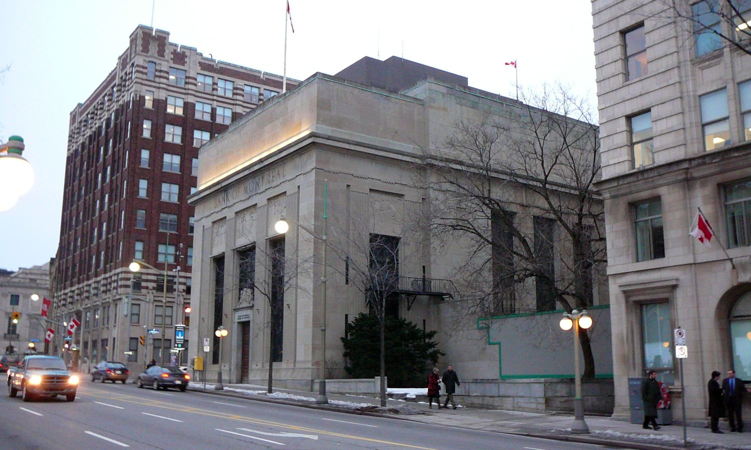 Former Bank of Montreal in Wellington Street Context